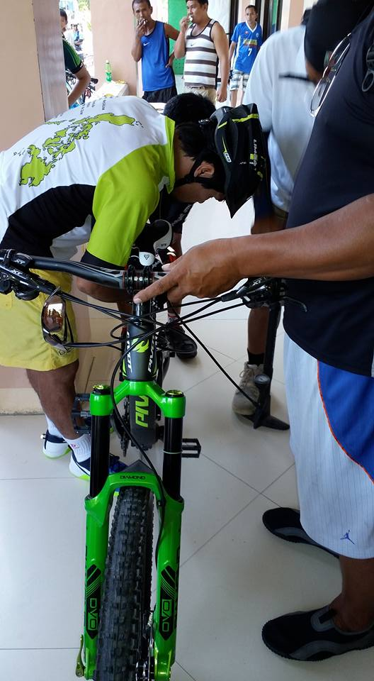 prep the bike of Manny Pacquiao