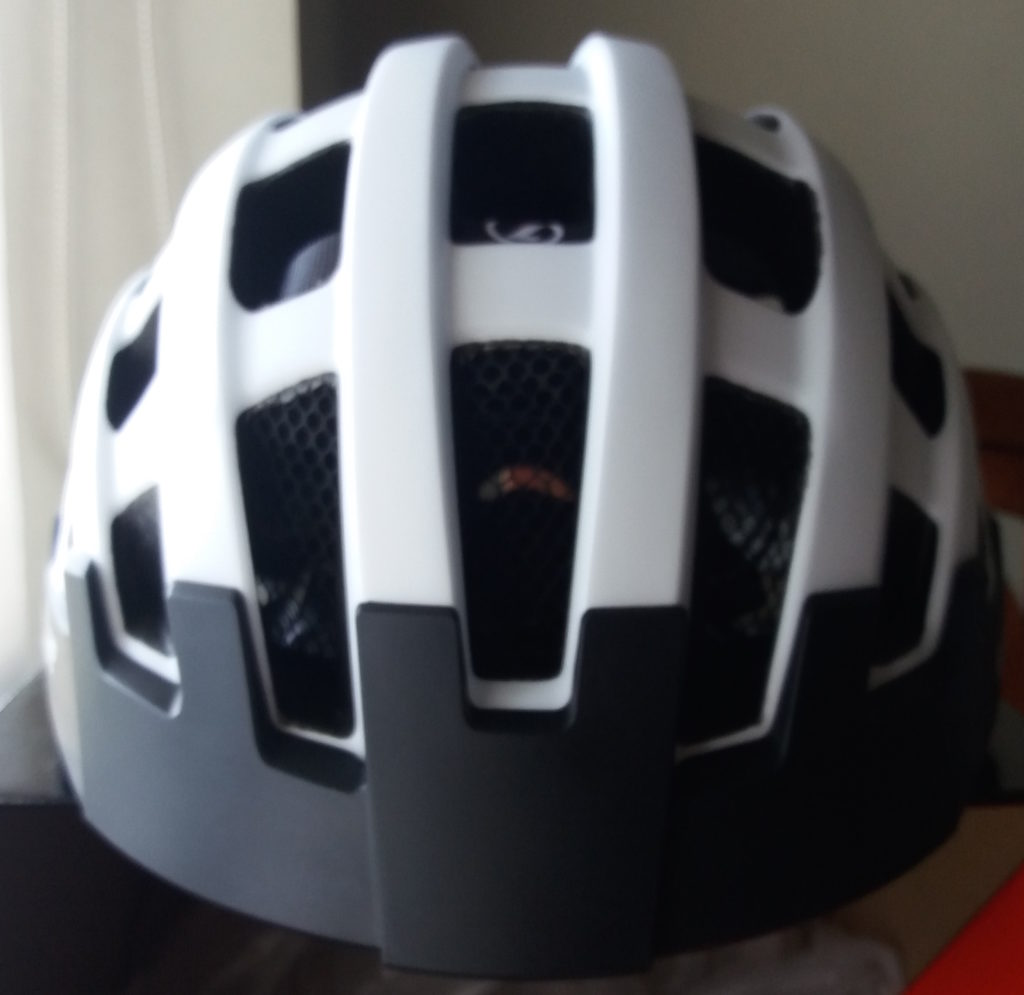 Looking for a helmet that checks off most boxes in terms of safety, affordability & looks? Look no further--- Lazer Compact DLX is in the house!